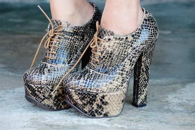 Luichiny snake print platform lace-up heels