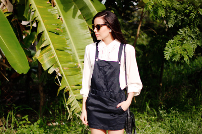 Pinafore dress for a visit to the grandparent's at Campo Cazenave, Cortes, Honduras